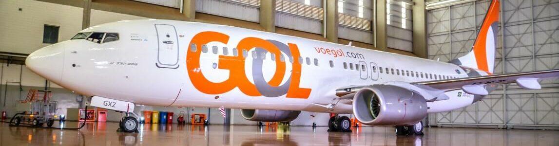 Avião da Gol no Hangar.